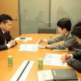 総務省の大先輩 佐村知子さんが、「地域再生法改正案」の説明に私の部屋を訪ねて下さいました