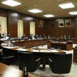 「川内原発は一旦停止すべきではないか?」、原子力防災担当の丸川大臣と原子力規制委員会の田中委員長に対して、見解を問いました