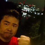 このやり場のない憤りを少しでも解消したいと思い、深夜の皇居を3周(15km)走りましたが、まだ晴れません。