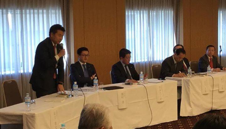 「個人情報保護法制2000個問題」に関するシンポジウムが開かれ、民進党を代表して出席いたしました