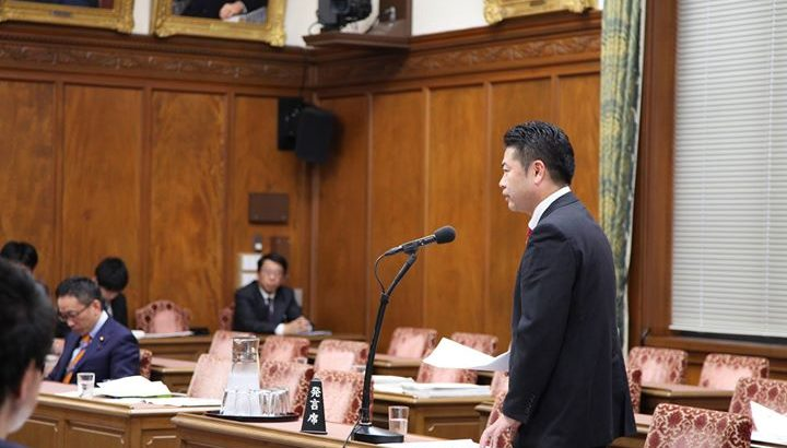 「児童養護・里親支援」について、先日の予算委員会(分科会)で塩崎厚生労働大臣に質問しました