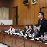 総務委員会と予算委員会。2日連続で、両備バス・岡電バスの31路線廃止問題を取り上げました。