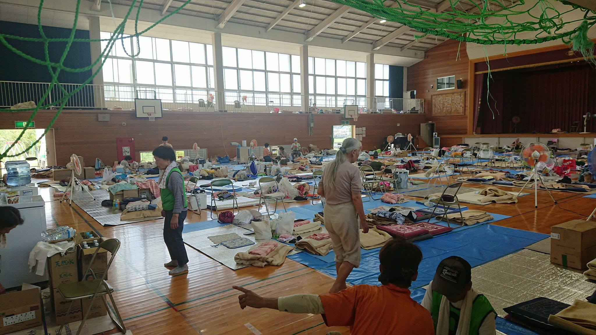 倉敷市真備町の避難所となっている岡田小学校へ伺いました。