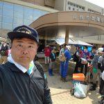 立憲民主党東京都連メンバー13名と一緒に真備町へボランティアに来ています。