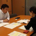 岡山市の菅野教育長から「小学校クーラー設置の補助金」の要請を受けて、文部科学省施設助成課から話を聞きました。