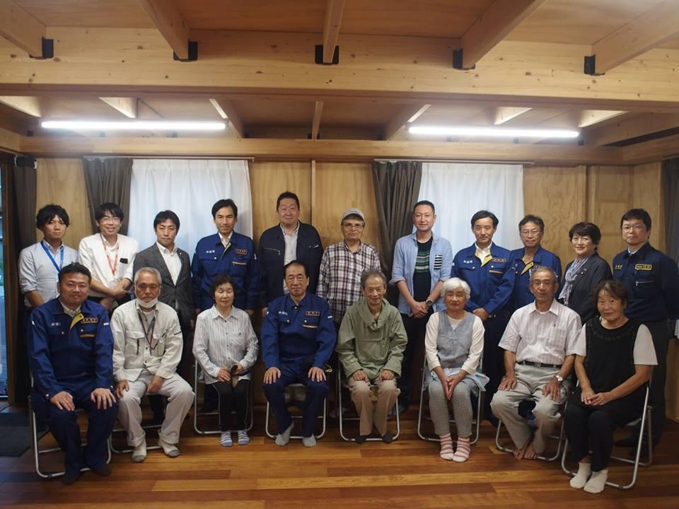柳井原の仮設住宅(トレーラーハウス)を訪問しました。