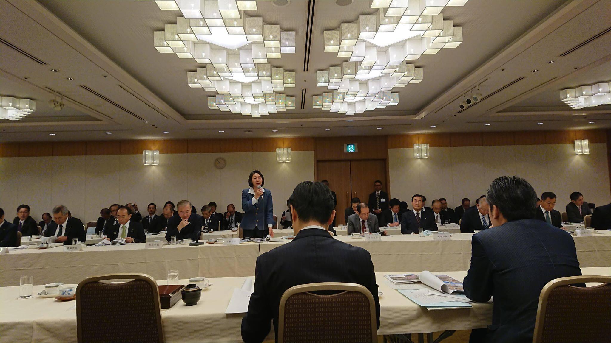 伊東香織倉敷市長が会長を務める「中国治水期成同盟会連合会」が主催する「直轄河川の治水に関する意見交換会」に出席しました。