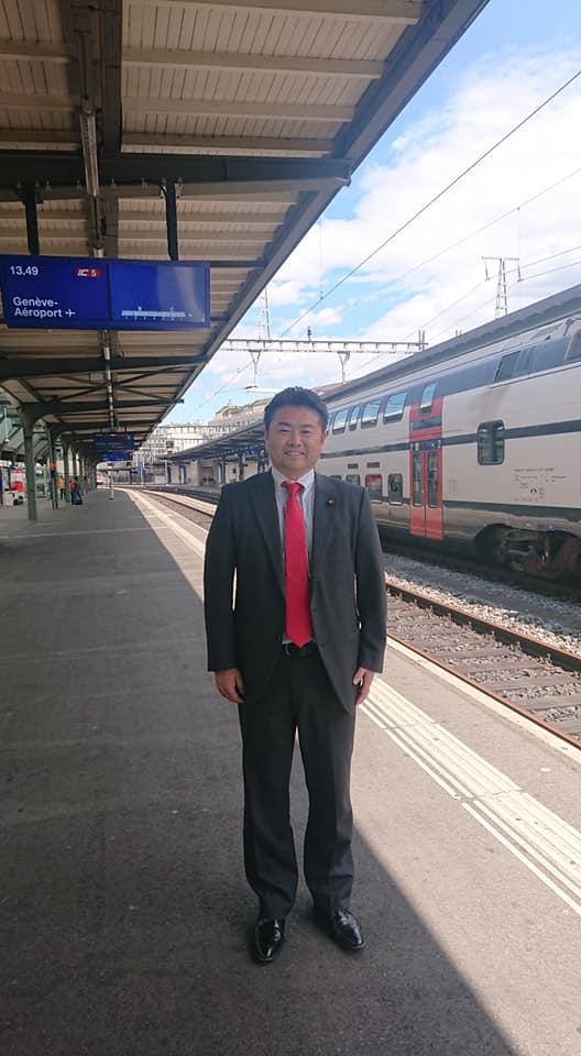 ジュネーブからベルン(スイス首都)へ鉄道で移動します。