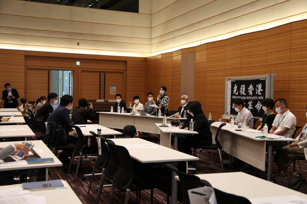 周庭さん、黎智英さんら香港の民主運動家・ジャーナリストの逮捕に対する「対中政策に関する国会議員連盟(JPAC)」の緊急記者会見に同席しました03