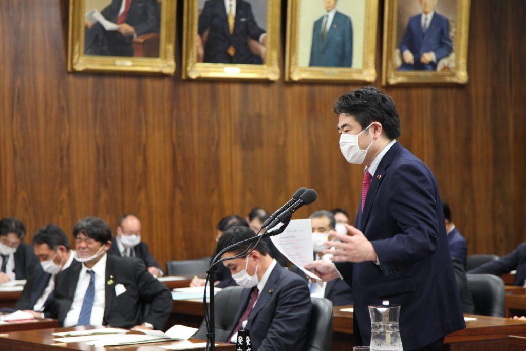 小此木八郎 内閣府特命担当大臣(防災、海洋政策)に被災者生活再建支援法改正の審議について衆議院災害対策特別委員会にて申し上げました03